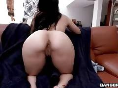 Naked Flexible Brunette Girl Acts On Camera 2